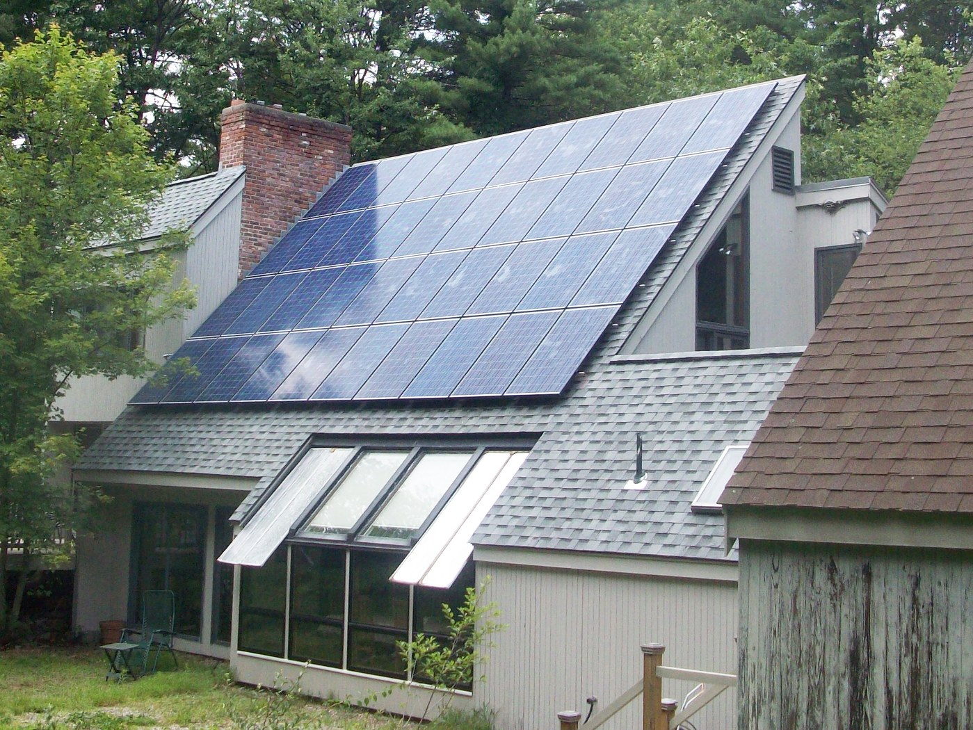 Solar Does Not Hurt Utility Ratepayers